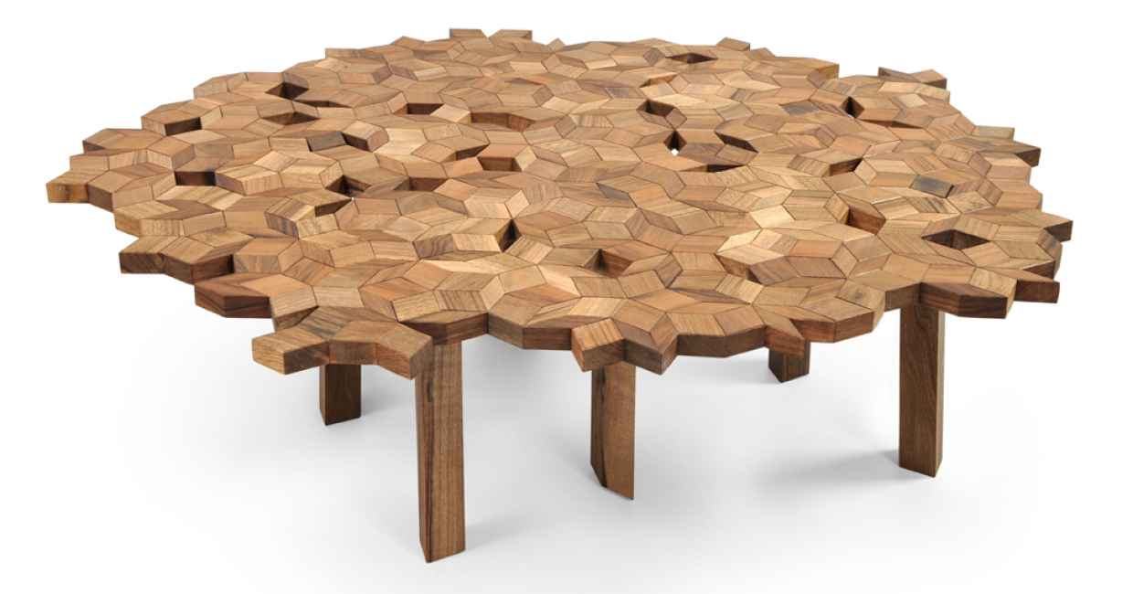 Umbra table, designed by Jasna Mujkic for Manulution