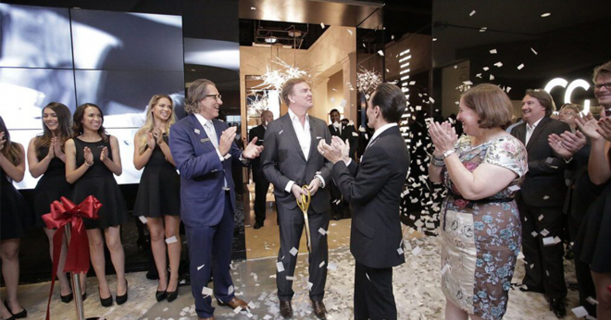 Christopher Guy officially inagurates its larger showroom in Las Vegas Design Center – photo by Danette Chappell for Editor at Large