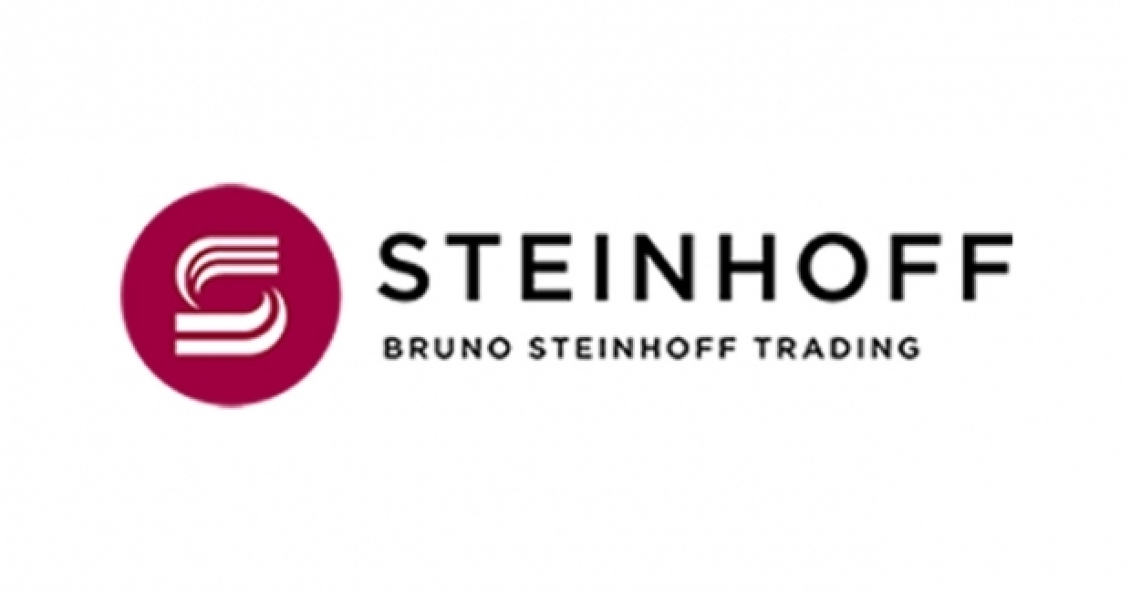 Steinhoff shares plunge 60% after CEO quits