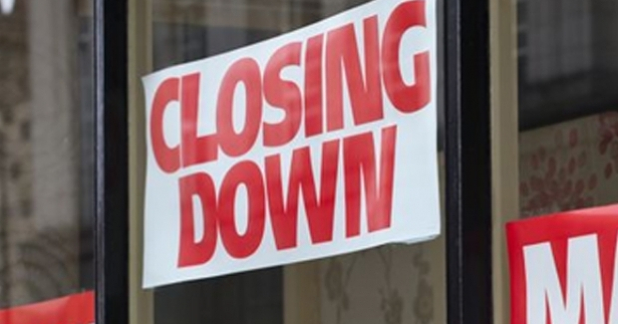 Closing down sign