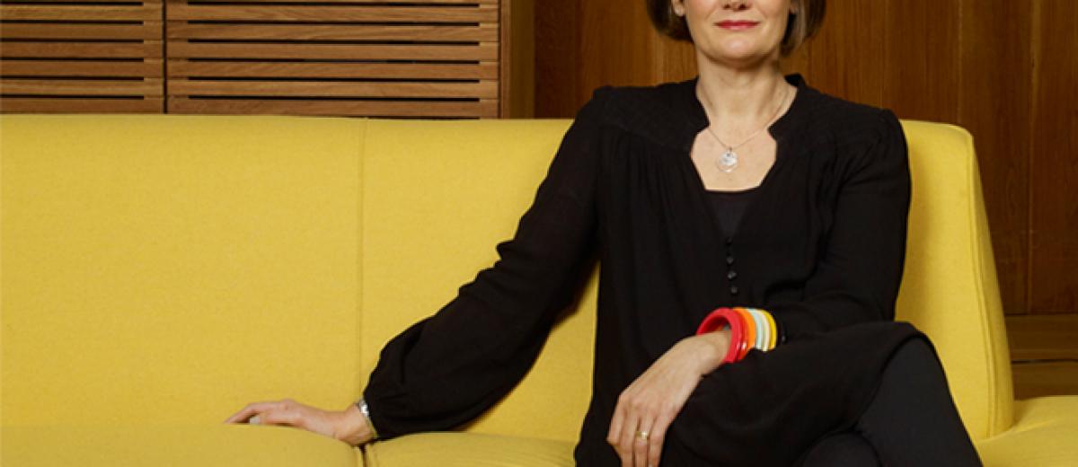 Clare Askem, Habitat