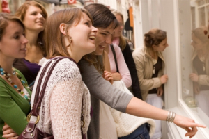 Mixed picture across UK for May's retail footfall
