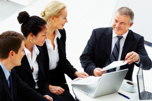Giving sales staff effective feedback