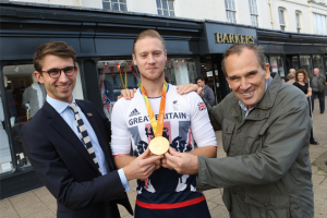 Barkers welcomes Rio paralympic star Laurence Whiteley home