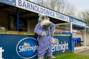 Silentnight signs sponsorship deal with Barnoldswick Town FC