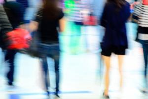 November retail footfall precedes 'careful as you go' Christmas, says Ipsos
