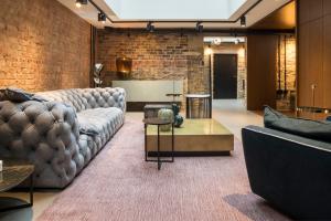 Silvera brings European style to London