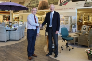 Long-serving Glasswells employee retires