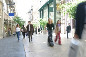 Retail footfall takes a holiday in August, says Ipsos
