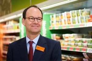 Sainsbury's CEO announces retirement