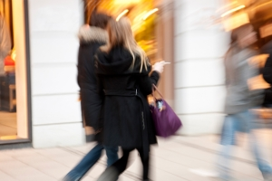 End of August sees retail footfall growth