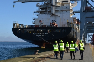 Gallery receives first chartered freight delivery