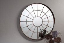 Battersea, Gallery Direct