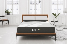 Boxed mattress retailer increases in-store presence