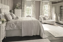 Laura Ashley to call in administrators